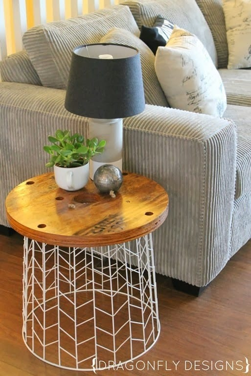 DIY-Side-Table_thumb1