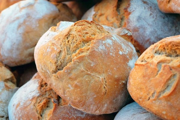 What is Real Bread? Why You'll Never Find it at a Supermarket!