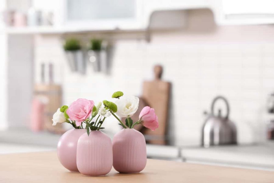 5 Creative Flower Containers from your Kitchen