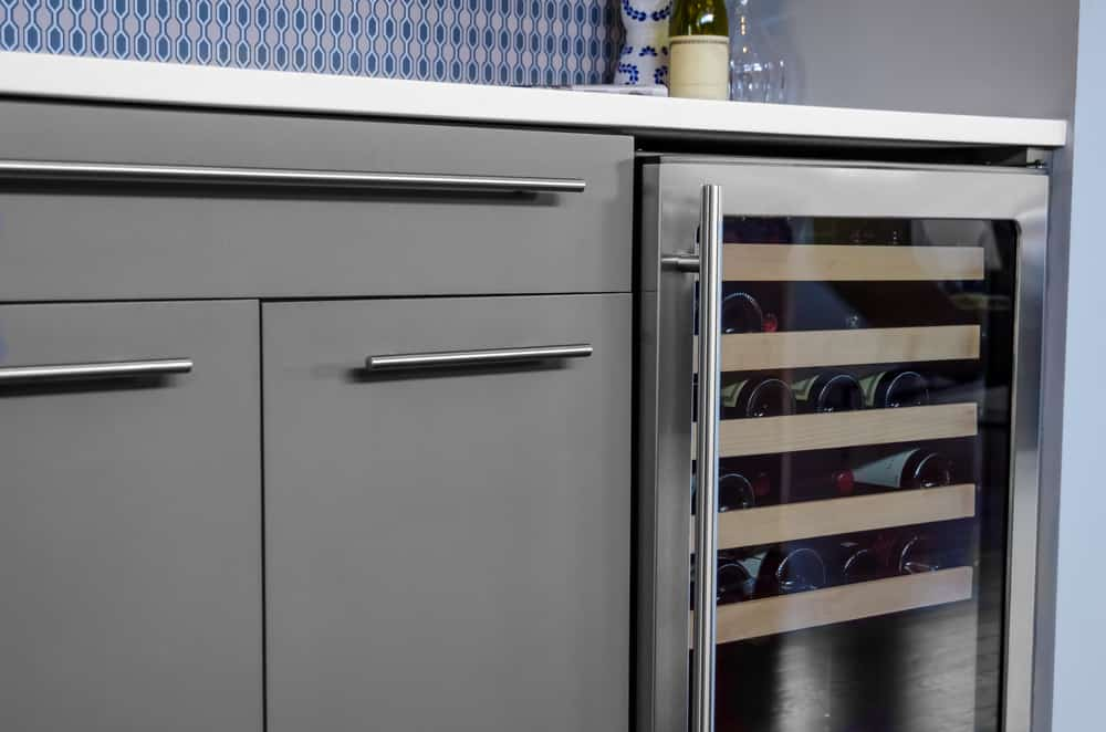 7 Best Built-in Wine Coolers of 2019 - Under Counter Wine ...